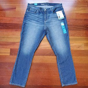 NWT Levi's Signature Modern Slim Jeans Size 18M
